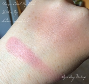 clinique_heather_pop_swatch__il