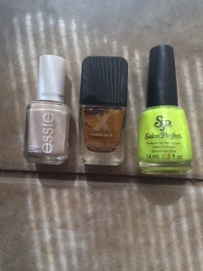 declutter_nail_polish