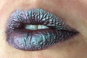 electromagnetic_four_coats_lip_swatch_light_source_2