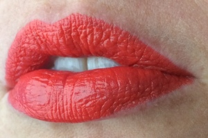 maybelline_orange_edge_lip_swatch