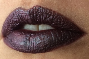 wnw_coffee_buzz_milani_dark_coffee_electromagnetic_lip_swatch