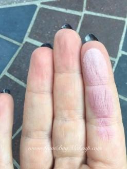 haulelujah_nyx_ombre_blush_mauve_me_finger_swatch