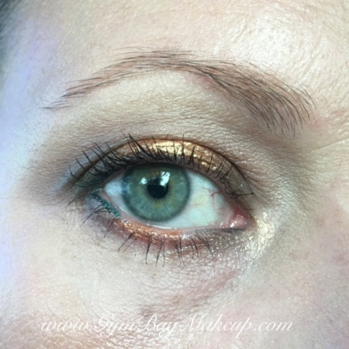 """6 - blending/base/highlight. 2 - transition. 10 - inner and outer lid. The center of the lid is Jordana Made to Last Liquid Eyeshadow in Uphold Gold. I'm kind of """"meh"""" about it. Mabelline green and copper eye liner on the water line and rollerlash mascara."""
