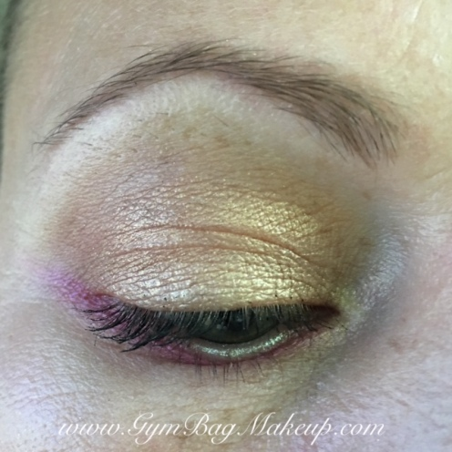 Transition shade - Spread The Love, crease - Peanut Butter, outer corner - Nuts About U, lid - Bananas, lower lash line - Jelly, inner corner - KVD Thunderstruck, mascara - TFBTS, waterline - Rimmel Scandaleyes liner in silver, brows - Nuance brow powder