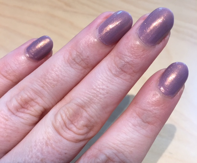 ilnp_lilac_bridges_nail_swatch