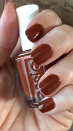 essie_playing_koi_swatch_1