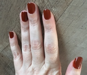 essie_playing_koi_swatch_3