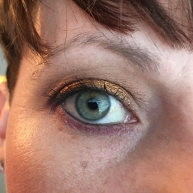 UDAAPP. I used the Kat Von D Chrysalis Palette as a companion. BASE: Lifelike TRANSITION: Glasswing CREASE and OUTER CORNER: Hybrid Moments BLENDING LOWER LASH LINE: Black Milk LINING LOWER LASH LINE: Mezzanine LID: 13 Gypsies MASCARA: Max Factor WATERLINE/TIGHTLINE: Avon Perfect Point Plus