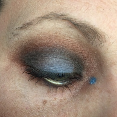 lorac_mega_pro_10_29_17_dark_chocolate_denim_halo_ec