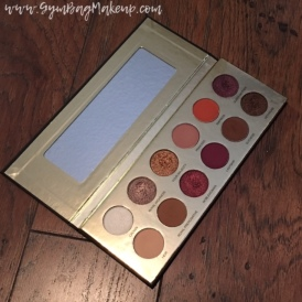 coloured_raine_queen_of_hearts_packaging_palette