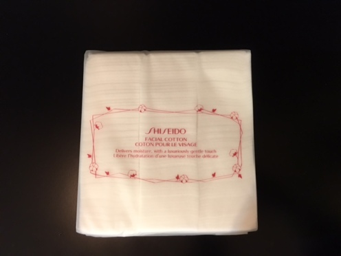 holiday_2017_haul_part_2_shiseido_facial_cotton_1
